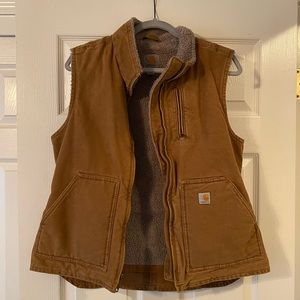 Woman's Carhartt Vest - Medium